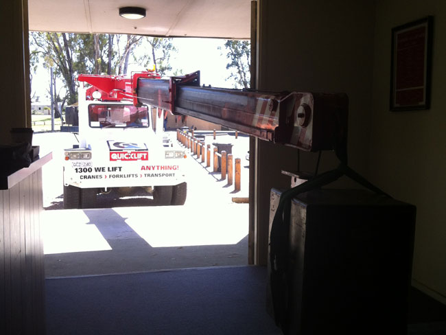 Cost To Lift A Truck >> Crane Hire and lifting solutions in Country Victoria